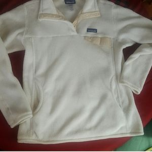 Patagonia Jackets & Coats - Beautiful  Patagonia  pull over, size Large